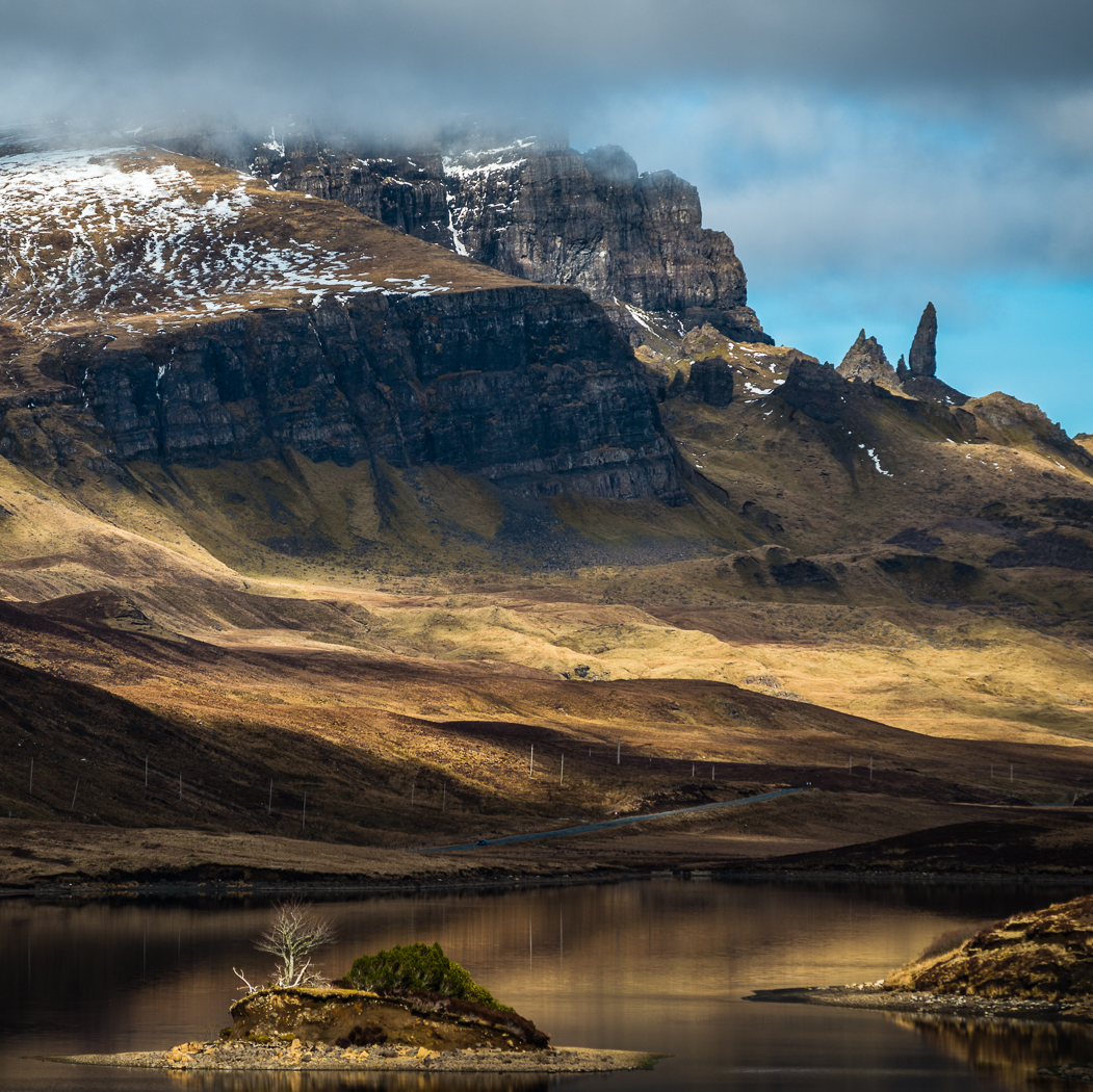 Hawkins Old Man of Storr