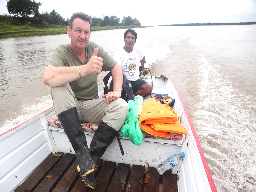 02_Brian_on_boat_with_guide